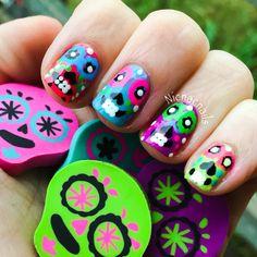 Sugar skull nail art #nailart