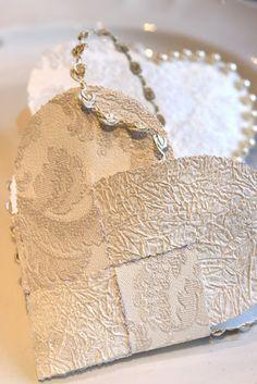 Sjarmerende jul: Hjertekurver i tapet