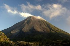 Top Costa Rica Backpacker Destinations: La Fortuna & the Arenal Region