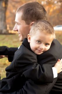 Groom cuddling with the ring bearer - possibly making him world's hottest groom! #mcm