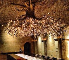 Kronleuchter aus einer Baumwurzel-Dravens Tales from the Crypt Deco Restaurant, Restaurant Design, Restaurant Interiors, Restaurant Ideas, Restaurant Seating, Luxury Restaurant, Restaurant Kitchen, Diy Light Fixtures, Light Fittings