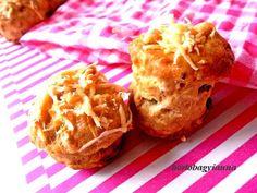 Kakukkfű: Fokhagymás-bacon-ös csicsóka pogácsa reszelt sajttal (diabetikus) Bacon, Muffin, Keto, Breakfast, Food, Morning Coffee, Essen, Muffins, Meals
