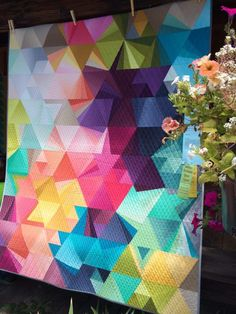 Great contemporary quilt!