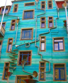 The only wall that plays music when it rains, 2012, Dresden, Germany
