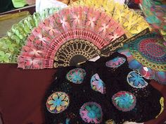 LACE FANS Exhibited! Sebourg, France, 2015   The Fan Circle International