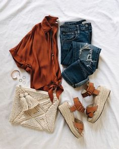 Love the burnt orange color for fall. women's outfits Spring Outfits, Winter Outfits, Casual Outfits, Look Fashion, Autumn Fashion, Fashion Outfits, Fashion Hacks, Pretty Outfits, Cute Outfits