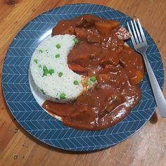 """いいね!25件、コメント3件 ― Alanaさん(@raven_aura)のInstagramアカウント: 「A nice hearty meal on a cold, rainy night: Hayashi Rice Veganized with TVP """"beef"""" slices! First…」"""