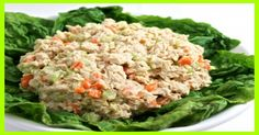 Skinny Buffalo Ranch Tuna Salad-Make your tuna salad come alive with this fantastic buffalo ranch tuna salad! It has a bit of a kick but not too hot. So versatile, use it to make sandwiches, low carb lettuce wraps or as a dip wit… Ww Recipes, Light Recipes, Lunch Recipes, Salad Recipes, Dinner Recipes, Cooking Recipes, Healthy Recipes, Skinny Recipes, Healthy Meals
