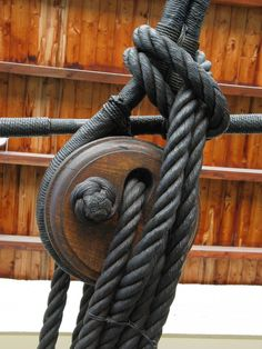Boat rigging knotted