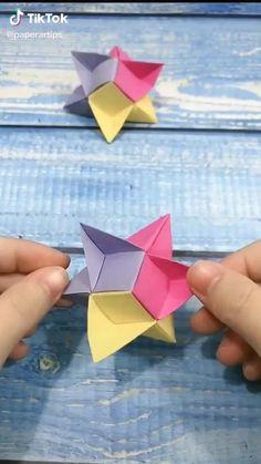Instruções Origami, Geometric Origami, Origami Videos, Modular Origami, Paper Crafts Origami, Origami Stars, Origami Jewels, Origami Boat, Useful Origami