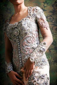 kebaya details Kebaya Brokat, Kebaya Dress, Batik Kebaya, Modern Kebaya, Indonesian Kebaya, Javanese Wedding, Types Of Gowns, Textiles, Midi Dresses