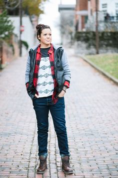 How To Wear Mixed Prints Qwear Queer Fashion Androgynous Fashion Girl Fashion