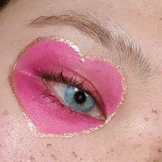 T̢̟̥͙̙̪̠ͥ̈́͒ͮ͒a̯̩̦͙ͯp̛̗̟͔͚ͥ͗̓̔̎ͫi̶̲̪̮͒̄ͫ̀́̚w͕̪̲̪̣͒̈̎ͥͅả̠͉̂͒̈̎ͬ͝ ̞͙̫ͬ̈́ͤ͐ͥM̷͈̦̄̈͌̔ͮ͛̎ả̦̙͍͓̠̞̪̑̂̔z̧̝̫͂̈́i͚ͪ̆b͉̂ͮ̒ͤ̓̊͝u̯̮̫̖ͧ̓̈́ͨ͡k̤͈̼̘͉̊̍̈́̄̃o͍̒͐͛ Makeup Art, Hair Makeup, Beauty Makeup, Eye Makeup, Hair Beauty, Makeup Goals, Makeup Inspo, Aesthetic Makeup, Pink Aesthetic