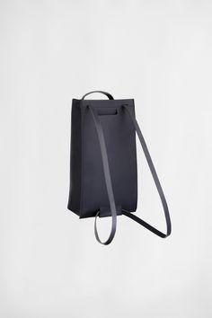 LARGE BLACK TOTE PACK   CHIYOME - Minimalist Handbags