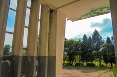 Kasarna Paracin... prazna! Old military facility in Paracin... Empty!