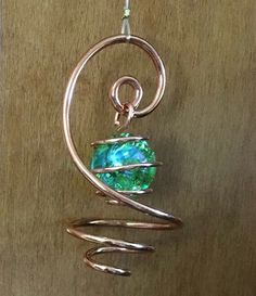 Your place to buy and sell all things handmade Wire Jewelry Designs, Handmade Wire Jewelry, Wire Wrapped Jewelry, Jewelry Crafts, Beaded Jewelry, Copper Wire Crafts, Copper Wire Art, Bijoux Fil Aluminium, Green Copper
