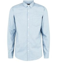 Make the transition from summer to autumn easy with this Light Blue Twill Pocket Front Long Sleeve Shirt. #newlook #menswear