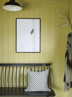 Keltainen talo rannalla: Mökkitunnelmaa Frisk, Colours, Lady, Lemon, Home Decor, Country, Houses, Timber Wood, Decoration Home