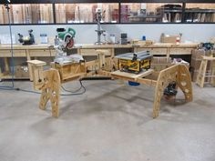 Workbench Plans, Woodworking Workbench, Woodworking Projects Plans, Woodworking Shop, Garage Workbench, Paulk Workbench, Sawhorse Plans, Sketchup Woodworking, Awesome Woodworking Ideas