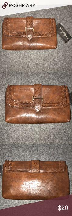 NWT! Miztique Clutch & Removable Shoulder Strap NWT! Miztique envelope/clutch style handbag with removable shoulder strap. Strap is gold tone metal. Bag is brown texturized faux leather. Miztique Bags Clutches & Wristlets