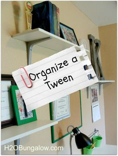 Organize a Tween Room and Get Rid of Clutter- before the holiday guests arrive Need to do this on my daughters wall! Do It Yourself Organization, Organizing Your Home, Room Organization, Organising, Getting Rid Of Clutter, Getting Organized, Up House, My New Room, Kids Bedroom