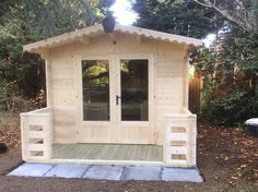 """"""" I recently moved home and the summerhouse at my new property needed replacing. The complete order was easy and the customer service was very good, incl. prompt order confirmation and advice of delivery. [...] Everybody who has seen the house so far is very impressed. I can only highly recommend this company, competitively priced, very good quality timber. Buying a house at a garden centre would cost twice as much. Thank you to everybody at Dunster House"""""""