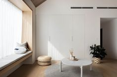 On the east end of Victoria's surf coast at the gateway of the Great Ocean Road sits Project Felix by Leÿer, a beautiful modern timber cabin. Plywood Furniture, Living Room Sofa, Living Area, Timber Cabin, Interior Architecture, Interior Design, Australian Architecture, Timber Cladding, Ramen