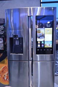 Ever look into your refrigerator, see something that's missing, but then completely forget it as soon as you walk away? With the Samsung Family Hub Fridge Smart Home Technology, Technology Gadgets, Electronics Gadgets, Newest Technology, Electronics Storage, Medical Technology, Energy Technology, Kitchen Gadgets, Kitchen Appliances