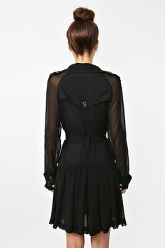 I want this Chiffon Trench Coat baaaaaaad only 54 euro once converted from dollars