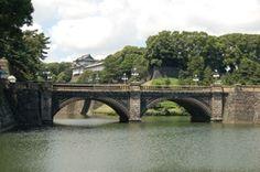 Kokyo - Palacio Imperial 皇居 - Tokyo  En el corazón de Tokio se encuentra el Palacio Imperial, residencia de la familia imperial japonesa y emplazamiento original del Castillo de Edo de los shogun Tokugawa que dominaron Japón desde el año 1600 hasta el año 1867.
