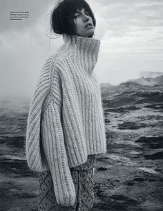 My Nan tried to knit me a jumper and it turned out a lot like this! No wonder the model looks unhappy - poor girl! * More info: | http://qoo.by/2mtE