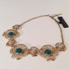NWT 🔶Ann Taylor Statement Necklace Filigree flower choker with a jade colored bead and edged with pave crystals. Adjustable length 9 to 11 inches. Ann Taylor Jewelry Necklaces
