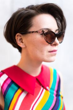 STREET LOOK (ANN, architect) Dress - Omelya Sweatshirt - Anna K Glasses - Accessorize Sneakers - New Balance Photo - Anna Vyalova