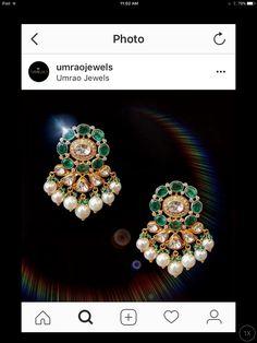 Indian Wedding Jewelry, Indian Jewelry, Bridal Jewelry, Ear Jewelry, Beaded Jewelry, Jewelry Necklaces, Gold Jewelry, Gold Earrings Designs, Gold Jewellery Design