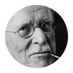 """""""Hasta que lo inconsciente no se haga consciente, el subconsciente seguirá dirigiendo tu vida, y tú lo llamarás destino"""" - Carl Gustav Jung"""