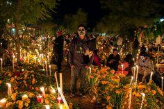 Day of the dead. Graveyard in Oaxaxa, Mexico Pante�n en Atzopa, Oaxaca