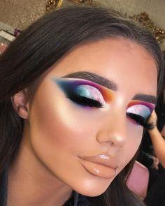 Want to know more about eye makeup products Glam Makeup, Eyeshadow Makeup, Makeup Art, Hair Makeup, Catwalk Makeup, Makeup Eyes, Eyeshadows, Gorgeous Makeup, Pretty Makeup