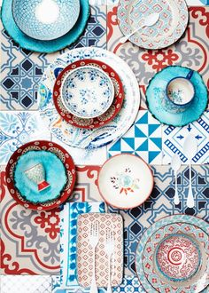 Pretty mixed print eclectic dishes red aqua turquoise