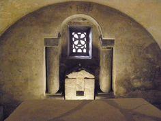 Altar de la Cripta de Santa Leocadia.