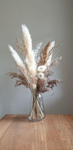 Dried Flower Bouquet, Flower Bouquets, Wedding Dried Flowers, Dried Flower Wreaths, Flower Bar, Flower Of Life, Grass Decor, Australian Native Flowers, Dried Flower Arrangements