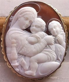 Magnificent Victorian Museum Quality Cameo of the Madonna of the Chair