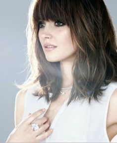 Fringe Hair | Sexy Hair | Feminine Style | Bangs | Bob Hair Styles | Sexy hair to show off your jewelry