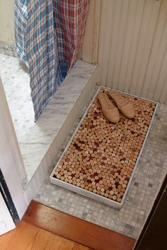 Wine cork bathmat. You can do so much with corks!