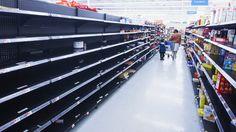 Eastcoast US Store Shelves Empty as Preparing for 2 Feet of Snowpocalypse