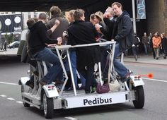 #120: Boire et conduire! (plus besoin de choisir grâce au pedibus!) Baby Strollers, Wrestling, Mille, Children, London, Things To Make, Travel, Baby Prams, Lucha Libre