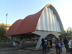 Pabellón de Rayos Cósmicos - Cosmic Ray Pavilion     Arquitecto: Felix Candela  Ubicación: Ciudad de México, México  Año Proyecto: 1951    Imagen cortesía de Francisco Vázquez