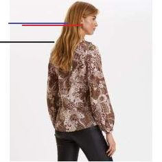Puff-Puff Blouse Odd Molly You are in the right place about bohemian background Here we offer you the most beautiful pictures about the bohemian clothes you are looking for. When you examine the Puff-Puff Blouse Odd Molly part of the… Continue Reading → Odd Molly, Boat Fashion, Spring Fashion, Boho Outfits, Fashion Outfits, Elegant Dresses, Vintage Dresses, Fashion Models, Models Style