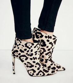 Mode Collective Celebre Pointed Boots