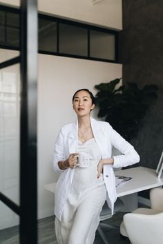 Chriselle Lim has style in spades. proves her fashionable influence goes beyond her closet. Photography Branding, Photography Business, Lifestyle Photography, Fashion Photography, Modeling Photography, Glamour Photography, Editorial Photography, Photography Ideas, Corporate Portrait