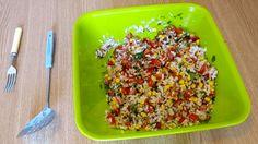 O să prepar o salata de orez cu ton si legume. O conservă de ton și una de porumb se mai găsesc prin cămară, de ardei capia și roșii e plin frigiderul, că doar e vară, așa că... să purcedem la treabă! Food, Salads, Essen, Meals, Yemek, Eten